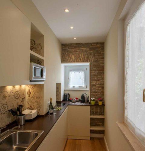 ristrutturazione interni roma cucina-13