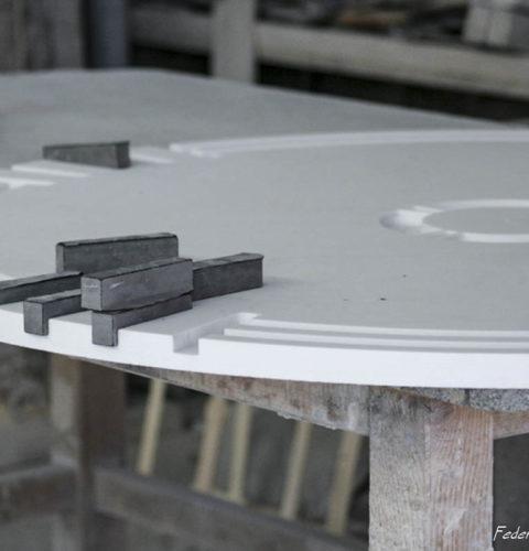 Tavolo tondo marmo biano nero-2