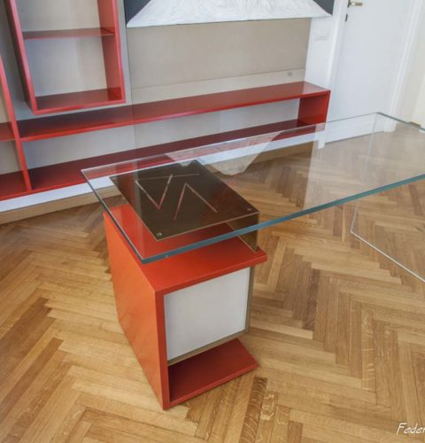 scrivania Hold in vetro e metallo-7