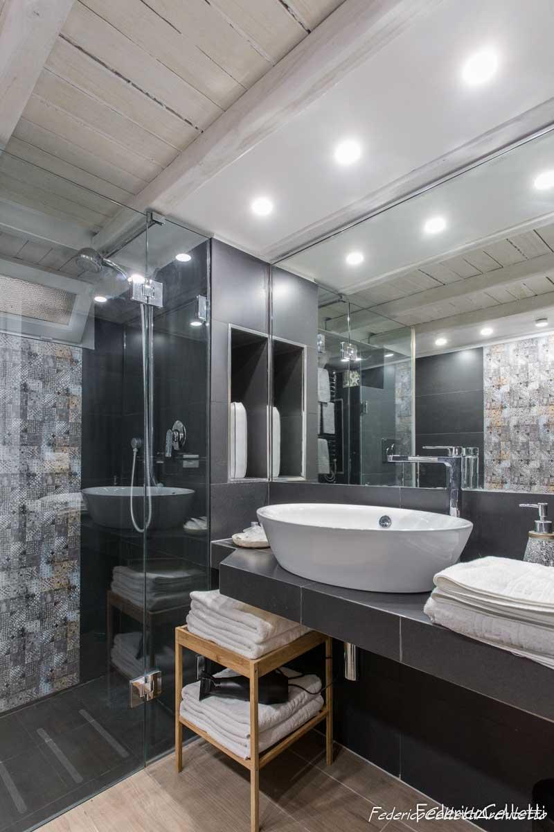Bagno e Grande Specchio Urbana 120 Dopo i lavori di Restauro e Interior Design