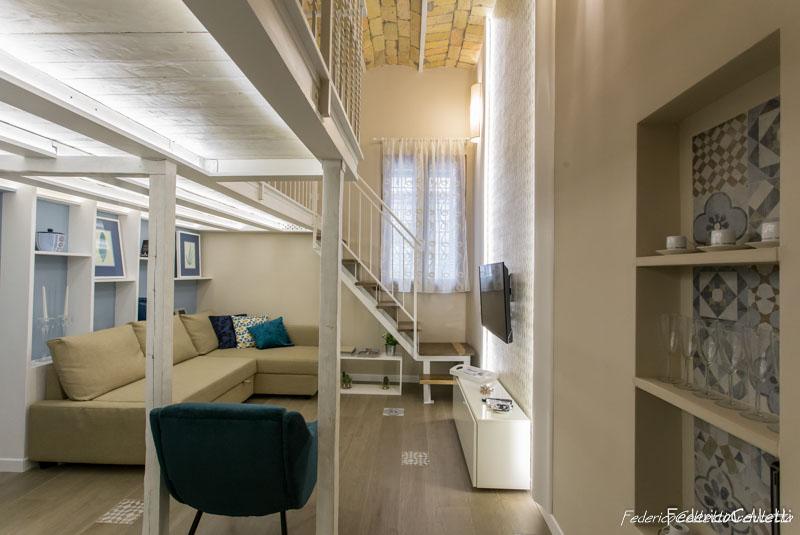 Ingresso e Soppalco Urbana 120 Dopo i lavori di Restauro e Interior Design