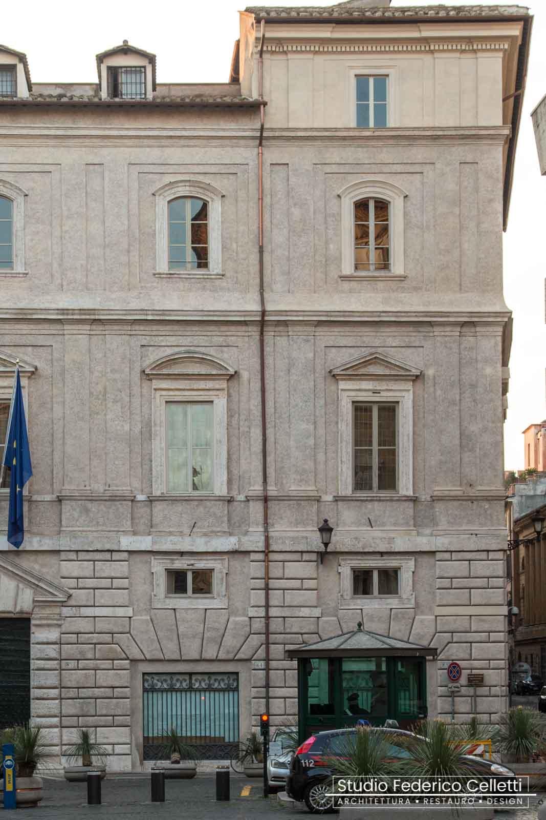 Prospetto piazza S.Eustachio dopo il Restauro