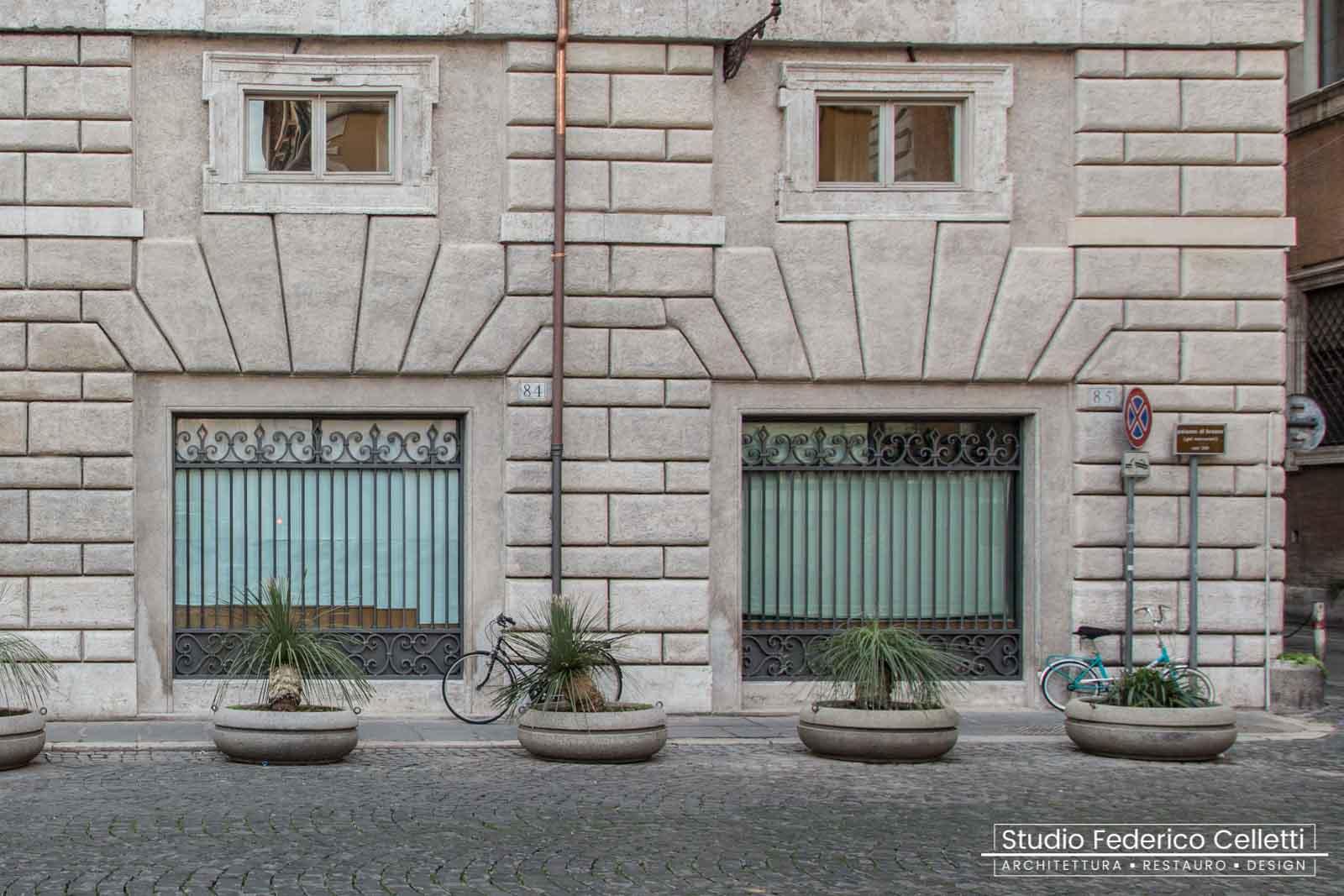 Dettaglio Bugnato piazza S.Eustachio dopo il Restauro