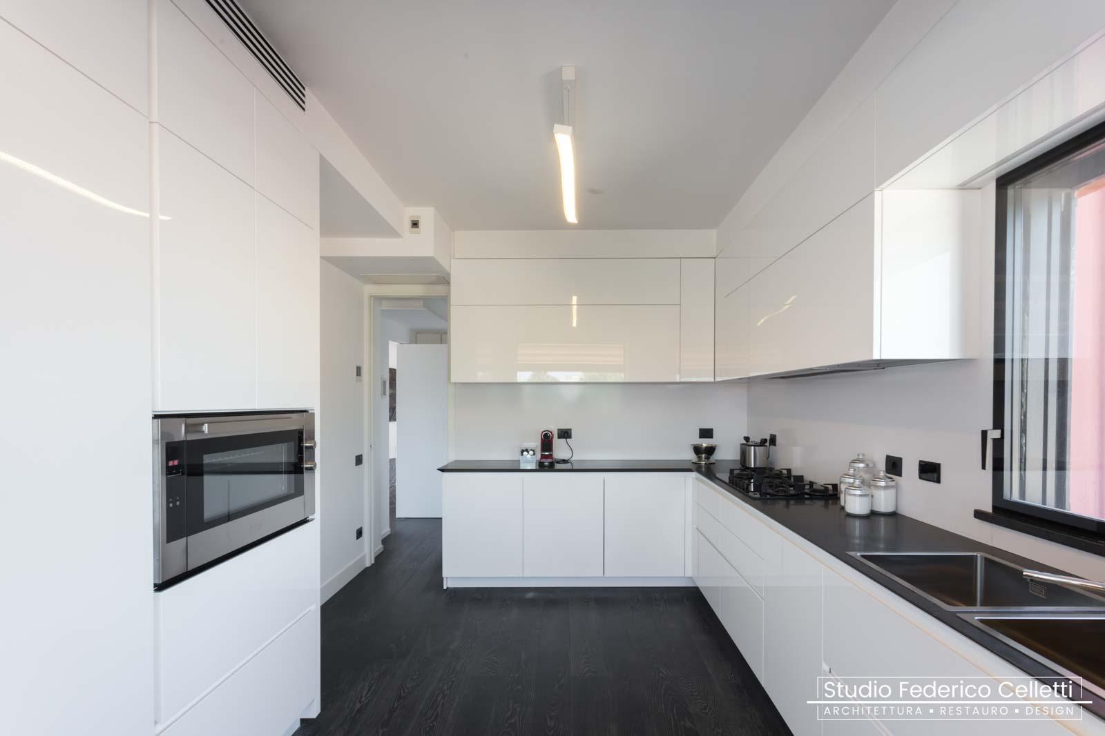 Cucina Attico A+C Dopo dei lavori di Restauro e Interior Design 02